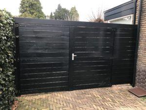 Renovatie poortdeuren